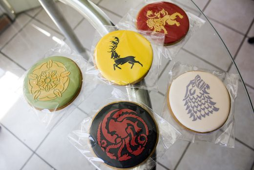 game-of-thrones-cookies-elenis-bakery-zap2it